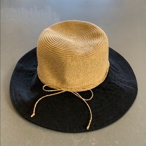 Straw and canvas hat